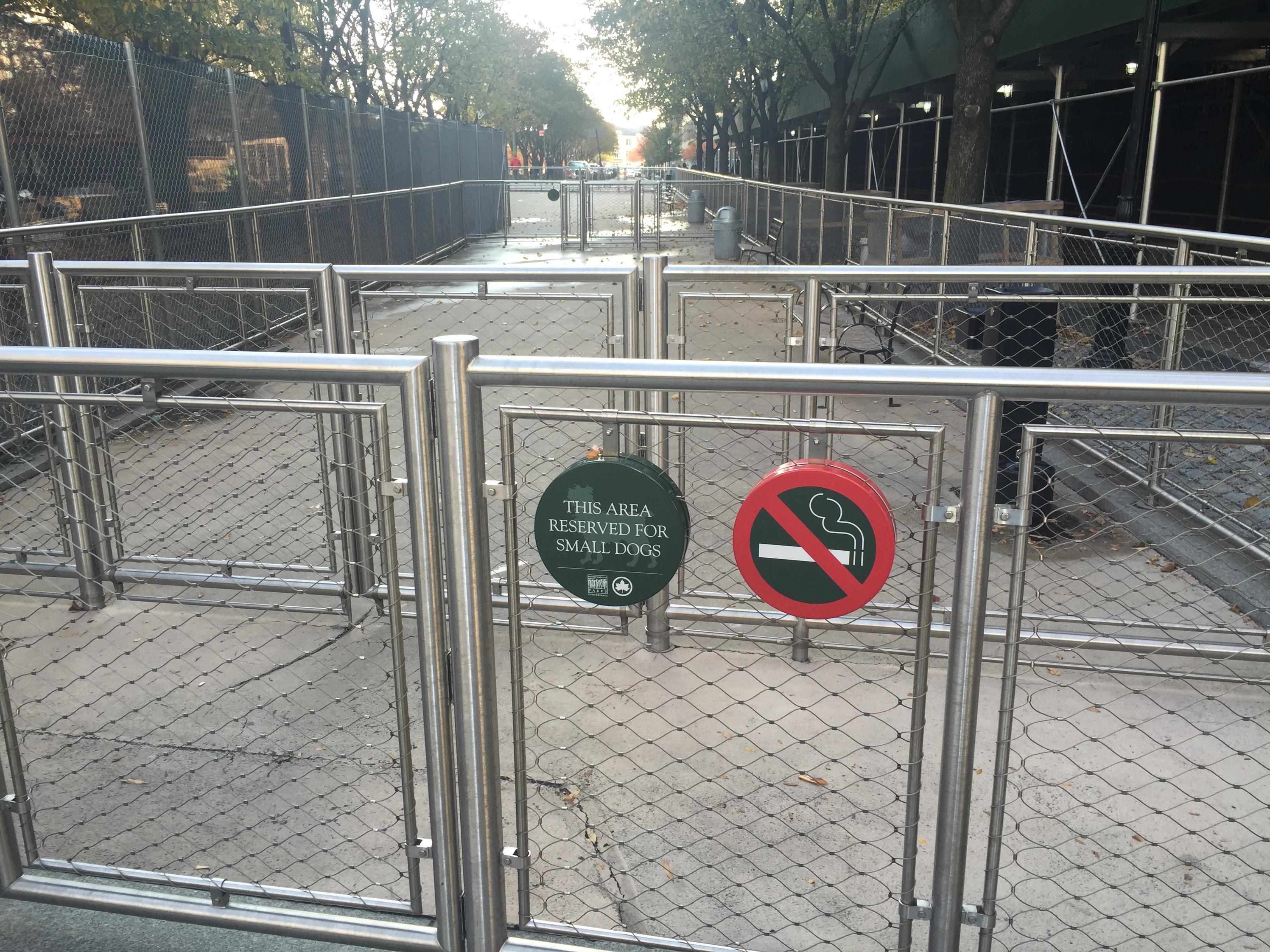 Temporary Dog Run : Temporary small dog run closure battery park city authority