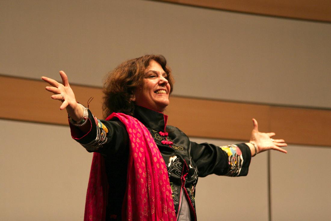Storyteller Laura Simms